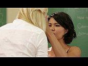 Duas professoras lésbicas transando no intervalo