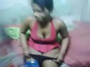 Moreninha favelada na transa com safado