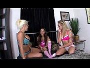 Three-Way pink sock lesbians w