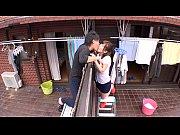 ベランダから隣の家に移動し不倫セックスを楽しむ倫理観のない2人 | AVTV – Xvideos無料エロ動画