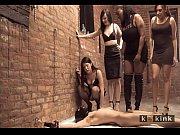 porno-video-mnogo-muzhchin-i-odna-devushka