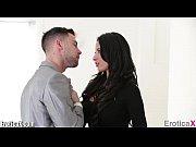 Красотка трахается с мужем видео