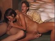 Молодая пара любит заниматься сексуальными шалостями