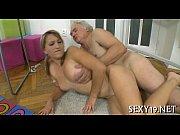 Две киски порно онлайн
