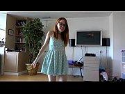 порна видео две подруги учится сосать