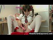 学校の前に小柄なアジア Orgasming