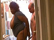 Picture JuicyNikki seduces the plumber