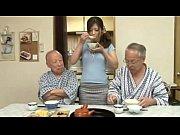 【無修正】巨乳介護士とおじいちゃん達のご年配3P生セックス