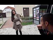 Две девки ебут парня порно видео