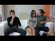 Опытные русские лесбиянки совращают натуралок