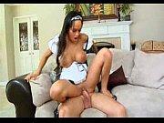Foda gostosa com a empregada domestica