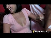 Видео как парень лижет девушки