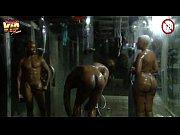 porno-video-muzhiki-v-dushe