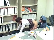 [フェチ新聞]女性器の中も厳格に取り調べをしなくてはいけません!いろいろなシチュエーションによる驚きの企画動画やフェチ系作品になります。フェチ新聞