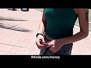 под юбками без трусов у русских девушек видео