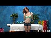 женская фигура голая в позе
