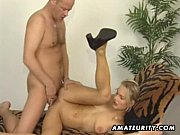 Секс видео с молодой сексопильной блондинкой
