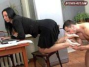 nyuhaet-tufli-porno