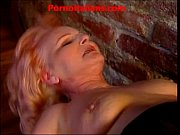 Old slut mature redhead makes anal Vecchia porcona rossa matura fa sesso anale