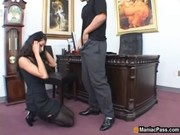 Толпой кончили в рот гею порно
