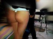 Смотреть ролик девушка жеско садится парню на лицо