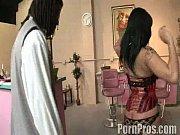 Как сексом любительски занимаются в кафе видео