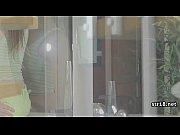 Хоум видео семейной пары где жена получает на попку спермум