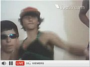 viadinhos dançando na twitcam