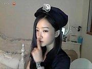 韓国美少女が警官コスプレでセクシーエロダンスをライブチャット配信 |