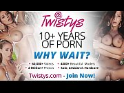 девушки мастурбируют фото крупный план