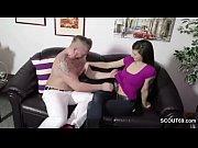 Порногалерея девушек в платьях