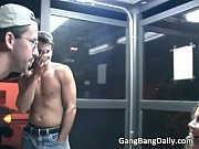 порно осмотр парня девушками
