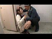 【裏風俗の援助交際バイトをする美女】警備員が制服姿の女子高校生を強姦するシーンを楽しめるイメクラコース