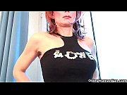 Sultry grandma probes h...