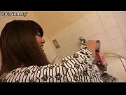 【お風呂】美少女のラブラブ動画。下着姿が超エロい美少女とラブラブベロチュー&お風呂で手マンw