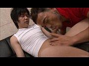 【gaydouga】大人しそうなイモ系少年は巨根チンポ!ジムの更衣室でイカニモ系兄貴にフェラされちゃう!