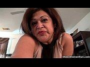 Порно видео муж смотрит как его жену трахают негры