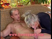 Picture Mature: the rich woman and the gardener - la donn...