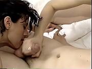 Порно с сисястыми в кинотеатре