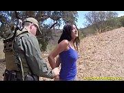 Militar estrupando gostosa na guerra