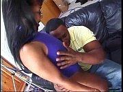 Порно парень пришел в гости к тете и выебал ее