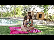 Picture Ariana Marie and Cassidy Klein at Sextape Le...