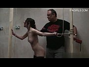 Гиг порно куни делает толпе баб