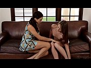 Picture Ariella Ferrera and Kacy Lane at Mommy'...