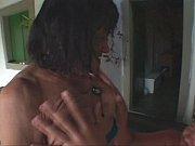 Смотреть муж смотрит как трахают его жену в попу
