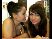 2 lickgirls-2