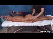 парень занимается сексом голым с девочкой видео