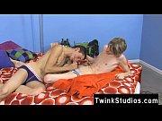 Видео групповой секс при людно