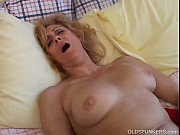 Picture Mature amateur loves to cum