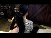 Видео девственница на огромном члене